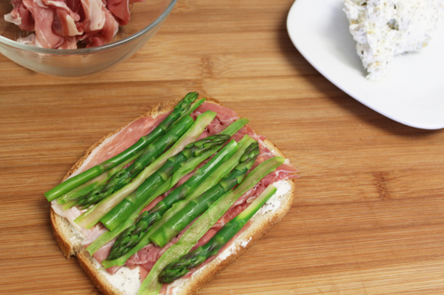 Asparagus and Prosciutto with Herbes de Provence