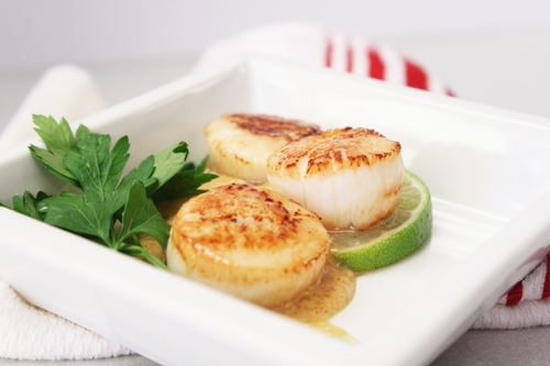 Seared Scallops with Curry Sauce