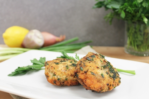 Zesty Lemon Salmon Cakes