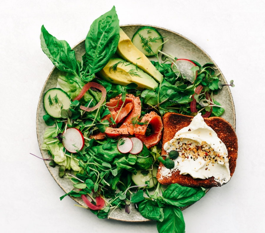 lox salad everything bagel blend lemon herbs spices victoria gourmet recipe